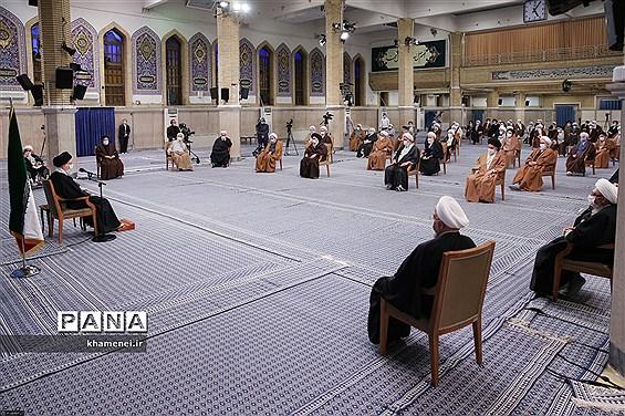 دیدار اعضای مجلس خبرگان رهبری با رهبر انقلاب اسلامی