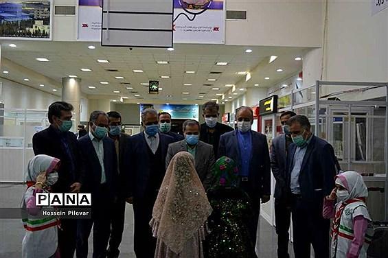 مراسم استقبال ازعلیرضا کاظمی معاون پرورشی فرهنگی وزارت آموزش و پرورش درفرودگاه بیرجند
