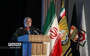 سردار قاآنی: تهدیدهای آمریکا را به فرصت تبدیل کردیم