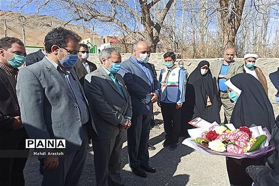 افتتاح استخر اردوگاه پیشتازان انقلاب شهرستان مرزی درمیان با حضور معاون وزیرآموزش و پرورش