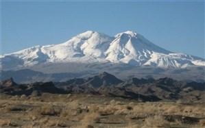 بارش برف و باد شدید با سرعت 100 کیلومتر بر ساعت در ارتفاعات خاش