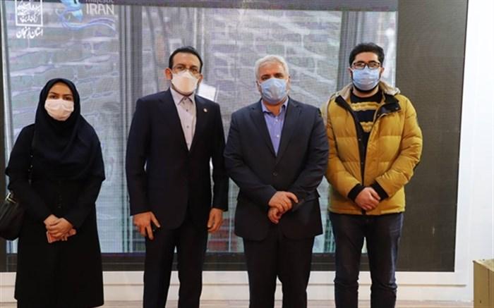 بازدید معاون میراث فرهنگی کشور از بخش نمایشگاهی استان زنجان در نمایشگاه تهران
