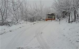 برف روبی ۹۱۵ هزار مترمکعب از راه های گیلان