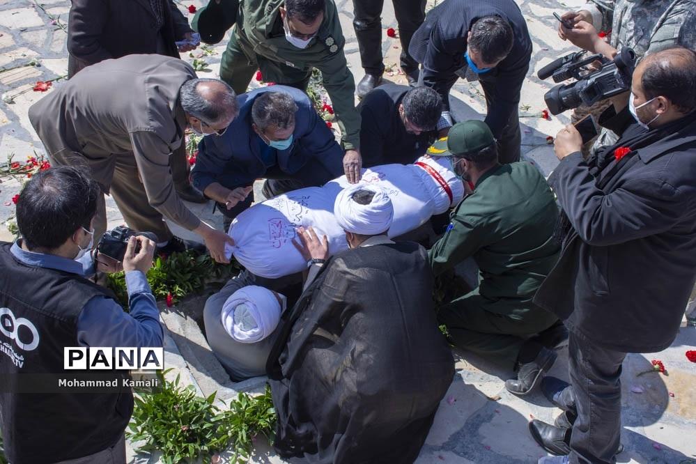 تشییع پیکر شهید گمنام در شهرهای محلات و نیم ور