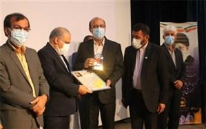 مراسم تجلیل از طلایهداران تربیت  در بوشهر برگزار شد