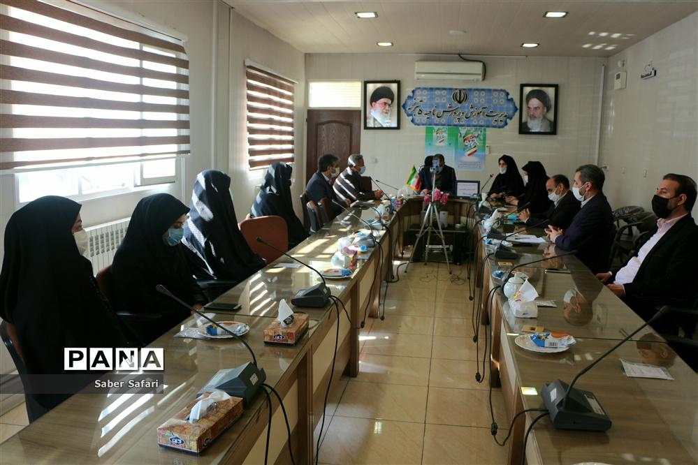 گرامیداشت روز امور تربیتی و هفته تربیت اسلامی آموزش و پرورش ناحیه ۵ تبریز