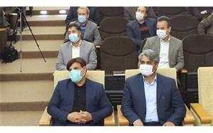 معلم خوزستانی 50 عدد تبلت به شهرستان نیشابور اهداء کرد