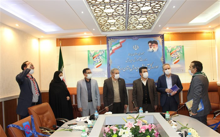 دیدار جمعی از پیشتاران با مدیرکل ورییس شورای برنامه ریزی سازمان دانش آموزی استان اردبیل