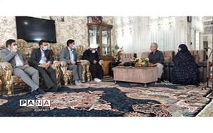 دیدار با خانواده شهید انصاری در پیشوا