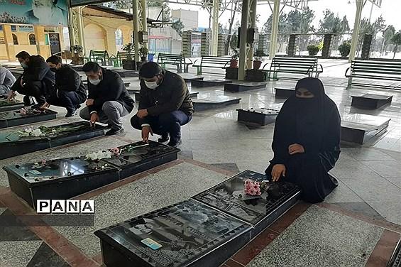 گلباران مزار شهدا و بازدید از موزه دفاع مقدس در ملارد