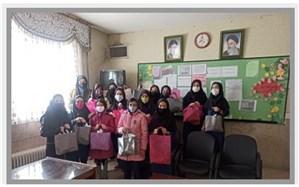 دانشآموزان، والدین و همکاران فرهنگی تحتپوشش طرحهای حمایتی امور زنان و جوانان قرار گرفتند