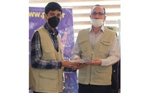 تجلیل از خبرنگار دانش آموزان پانا  در اردبیل