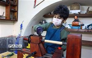 پارسا قاضی؛ کمسنترین هنرمند شاخص بینالمللی در رشته هنرهای سنتی چوبی
