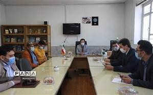نشست دانش آموز مخترع استان با معاون آموزش متوسطه آموزش و پرورش خراسان شمالی
