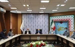 445 تبلت بین دانش آموزان نیازمند مشهد در سال 99 توزیع شده است