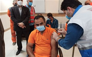 واکسن کرونا به همه پاکبانان شهر  یاسوج ترزیق می شود