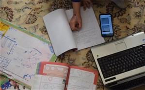 غفلت والدین از ارتقای سواد رسانهای زمینهساز بروز آسیبهای فراوان در آموزش مجازی خواهد شد