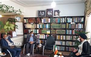 دیدار مدیرآموزش و پرورش فلاورجان با امام جمعه شهر قهدریجان