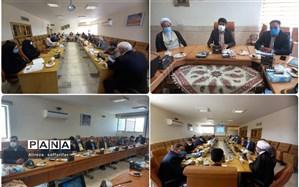 تجلیل از ۶۰ معلم برتر اردستانی در هفته گرامیداشت مقام معلم