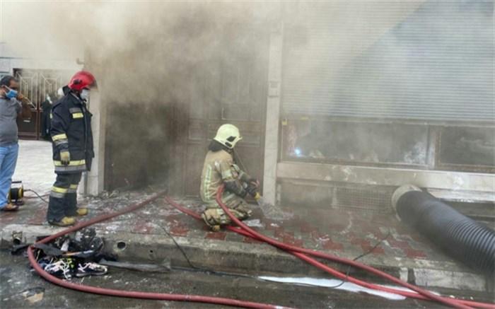 خسارت سنگین ناشی از حریق انباریک واحد تولیدی در شهرستان اسلامشهر