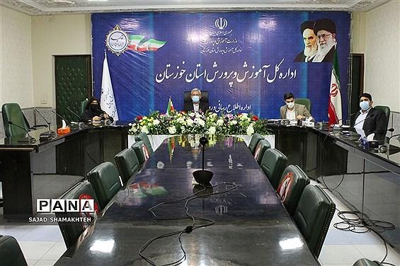 نشست  اعضای هیات رئیسه مجلس دانشآموزی کشور با وزیر آموزش و پرورش