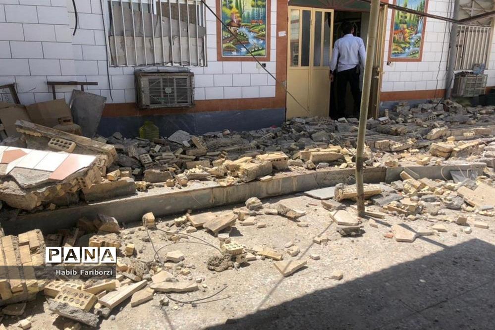 خسارات زلزله به شهرگناوه و روستاهای گماران، کمالی، فخرآوری بخش مرکزی شهرستان گناوه