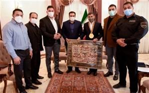 استاندار البرز بر حمایت از قهرمانان بدنسازی تاکید کرد