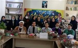 تجلیل از معلمان و کادر آموزشی دبستان شهید قلنبر