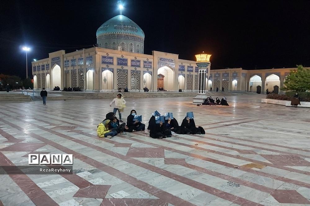 مراسم شب بیست و سوم ماه رمضان در زیارتگاه شهید مدرس کاشمر