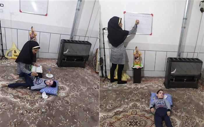 روستای ونداده: روایت تلخ و شیرین معلمی از جنس ایثار؛زهرا مالیان  پرستار و معلمی که فداکارانه با داشتن کودک معلول تدریس میکند