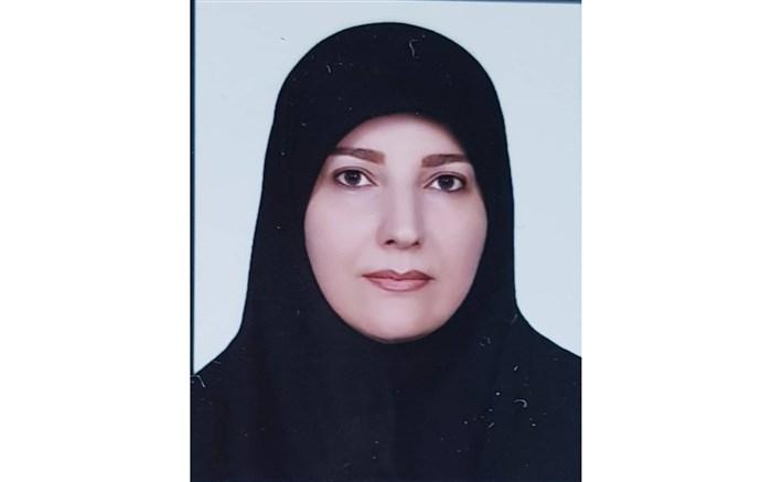 معلم اصفهانی با وجود ۳ بار عمل جراحی، دست از تدریس نکشید
