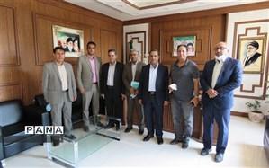 خیر بخشنده کرمانی زمینی به مساحت 2500 متر مربع به آموزش و پرورش ناحیه یک کرمان اهدا کرد