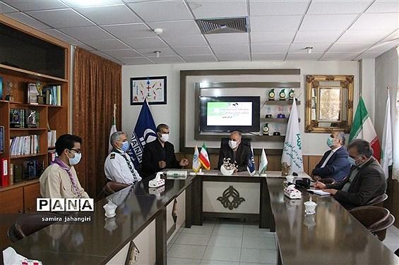 حضور مدیرکل آموزش و پرورش استان درسازمان دانش آموزی در سالروز تاسیس سازمان دانش آموزی
