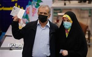 حضرتی و تاجرنیا به ستاد انتخاباتی پزشکیان راه یافتند
