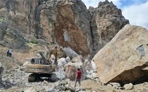 دلایل سقوط صخره در قطعه دو آزادراه تهران- شمال