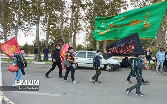 مراسم نمادین جاماندگان اربعین حسینی در گلزارشهدای شهرستان ملارد