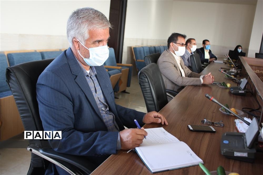 برگزاری دویست و سی و هفتمین جلسه شورای آموزش و پرورش شهرستان ابرکوه