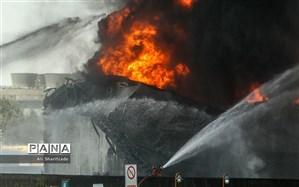 پالایشگاه تهران همچنان میسوزد؛ عملیات اطفاء ادامه دارد
