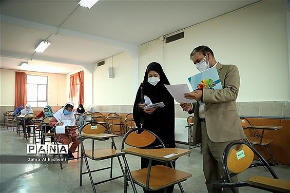 بازدید رئیس سازمان ملی پرورش استعدادهای درخشان از آزمون مراکز سمپاد