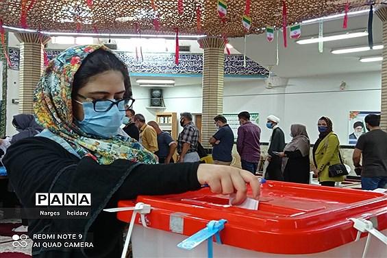 حضور و مشارکت مردم شهرستان امیدیه در انتخابات ۱۴۰۰-۱