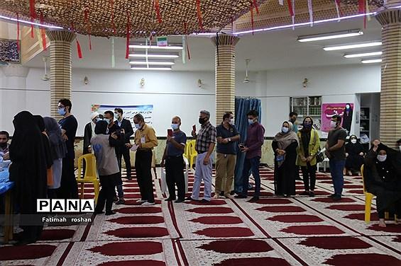 حضور و مشارکت مردم شهرستان امیدیه در انتخابات ۱۴۰۰-۲