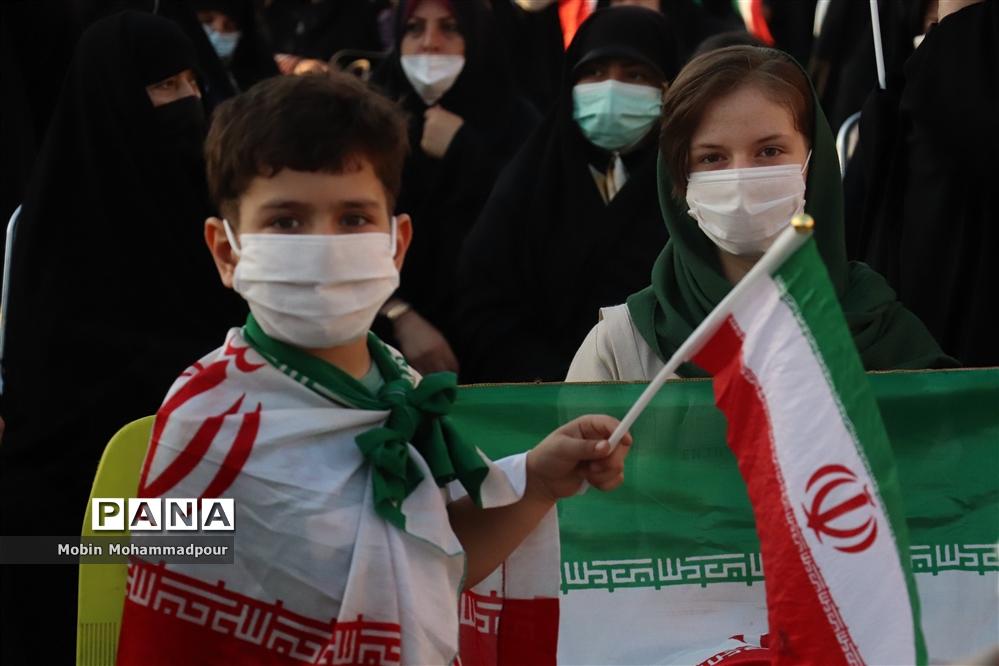 جشن میلاد امام رضا (ع) و پیروزی ملت بزرگ ایران در تبریز