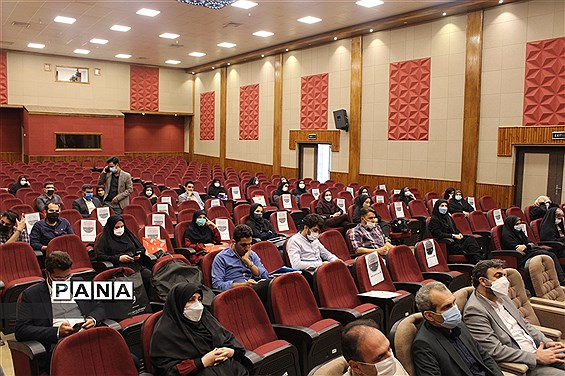 جلسه هماهنگی سی و نهمین دوره جشنواره فرهنگی هنری فردا