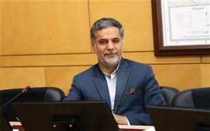 نقویحسینی: گروهها و فعالان سیاسی برای دولت رییسی چهرهسازی نکنند