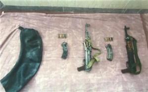 کشف یک محموله سلاح جنگی از تروریستها در جنوب شرق کشور
