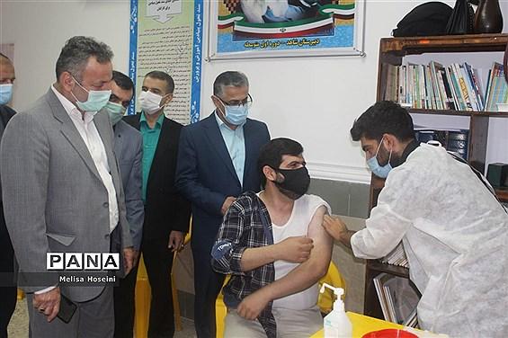 افتتاح طرح واکسیناسیون فرهنگیان شهرستان محمودآباد