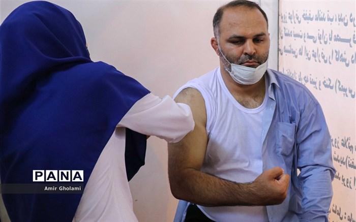 مراسم افتتاحیه پایگاه تجمیعی واکسیناسیون کووید- ۱۹ فرهنگیان