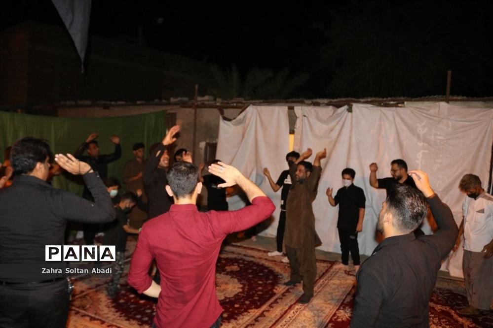 شور حسینی مردم ایرانشهر در شب عاشورای حسینی