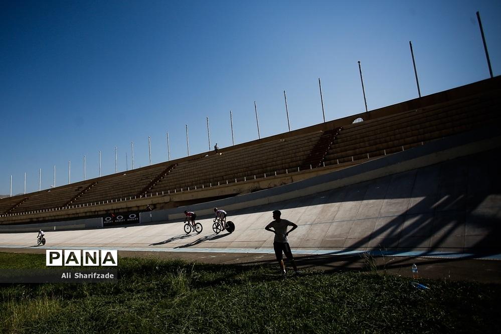 مسابقات قهرمانی کشور دوچرخه سواری پیست