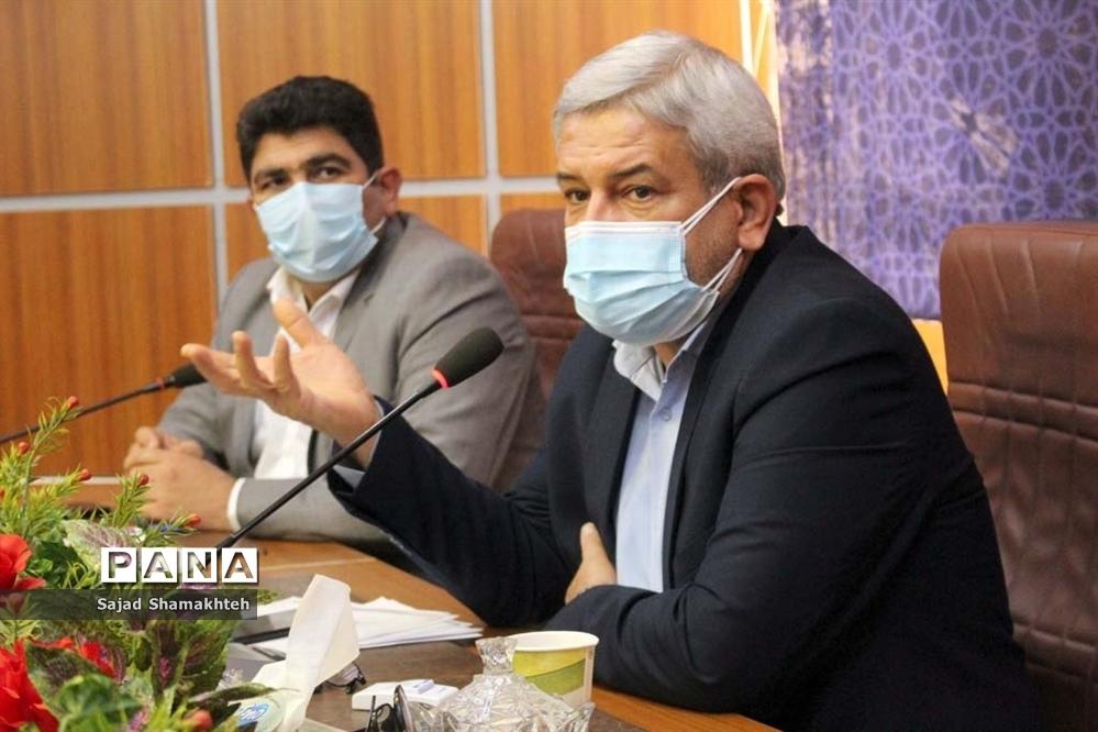 نشست هیات رئیسه مجلس دانش آموزی خوزستان با مدیرکل آموزش و پرورش